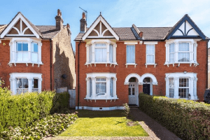 House Prices in Clapton